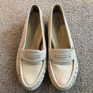 Soft Spots loafers SZ 7.5